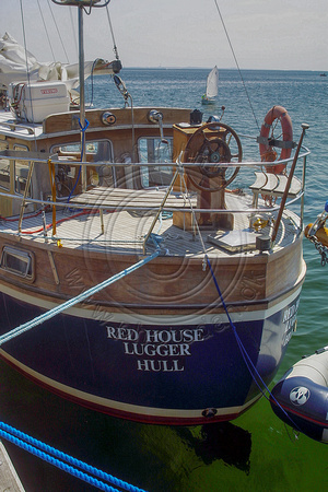 RED HOUSE LUGGER - HULL